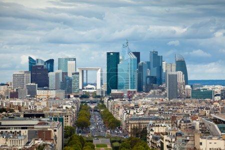 Photo pour L'architecture d'entreprise dans la défense, paris - image libre de droit