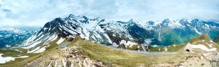 Photo pour Panorama des Alpes d'été (vue depuis Grossglockner High Alpine Road). Trois images de point de vue . - image libre de droit