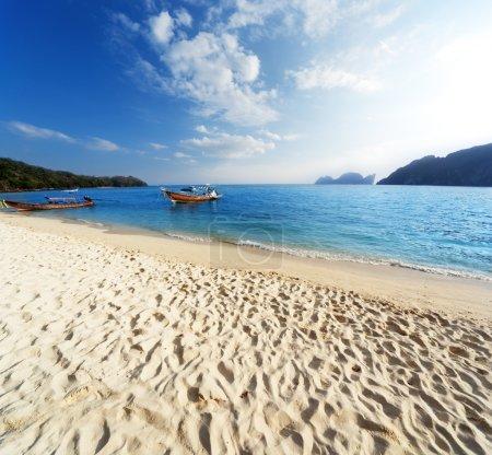 Foto de Puesta de sol en Playa phi phi island Tailandia - Imagen libre de derechos