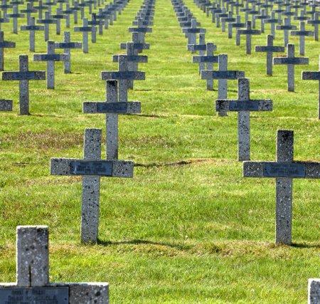Französisches Kriegs Grab