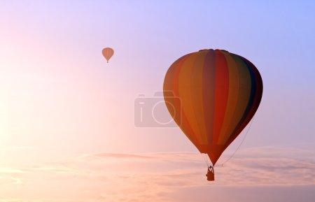 Photo pour Vol en ballon au-dessus de Chambley en France - image libre de droit