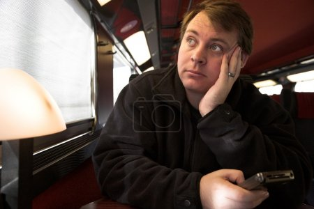 Hombre en tren