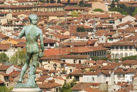 Photo pour Vue de la ville de florence depuis la piazzale michelangelo . - image libre de droit