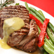 Filet mignon with bearnaise sauce, green beens, re...