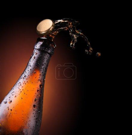Ouverture du bouchon de bière