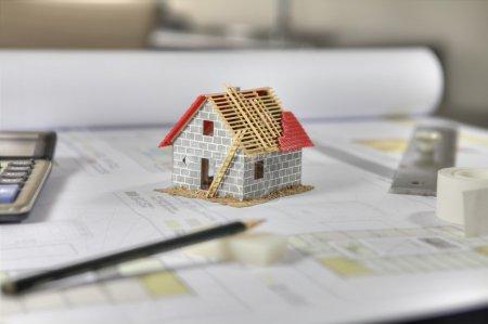 Photo pour Planification d'une nouvelle maison - image libre de droit