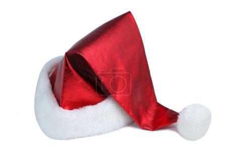 Photo pour Chapeau de Père Noël sur fond blanc - image libre de droit