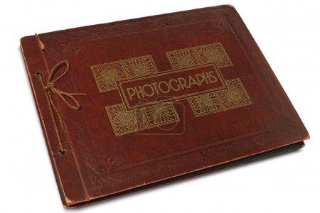 Photo pour Un album de photographies d'époque sur blanc - image libre de droit
