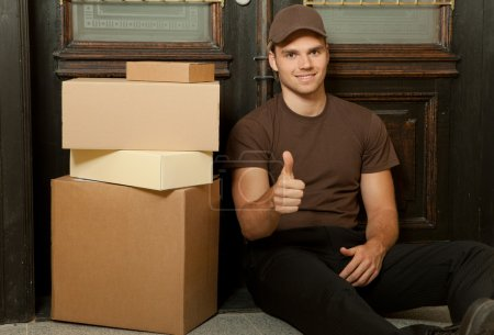 Thumb up deliveryman