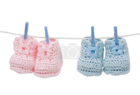 deux paires de chaussons bébé rétro