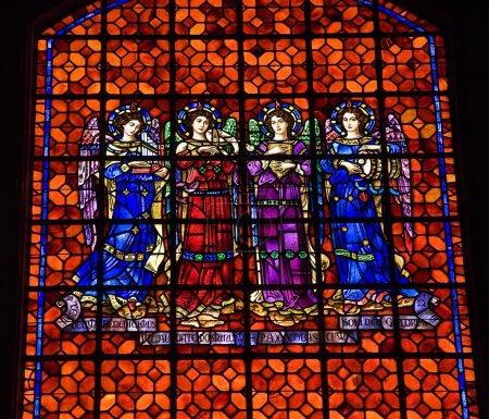 Photo pour Angels Drums Pipes Colorful Stained Glass Mission Dolores Saint Francis De Assis San Francisco Californie - image libre de droit