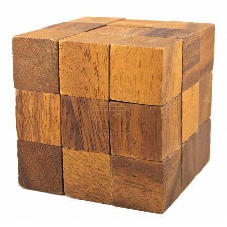 Photo pour Jeu de logique de cube en bois isolé sur fond blanc - image libre de droit