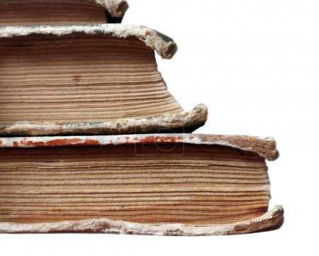 Photo pour Vieux de livres isolés sur blanc - image libre de droit