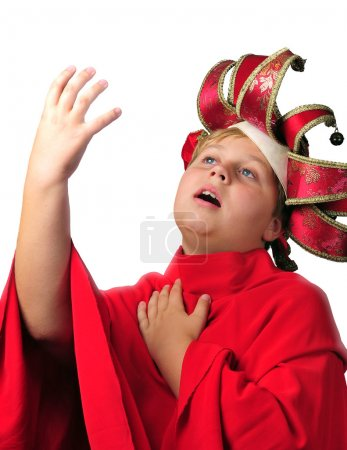 Photo pour Photo de jeune garçon agissant, sur fond blanc - image libre de droit